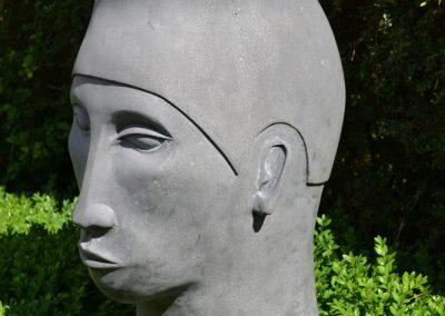 Head-V(a)